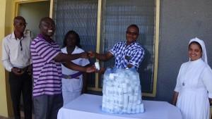 Donation-of medicines-St.-Mary's-Hospital-Drobo-Ghana- Missions-2016DSC00229