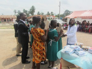 School-students-teachers-received-books-other-supplies-Ghana-missions-2015IMG 0535